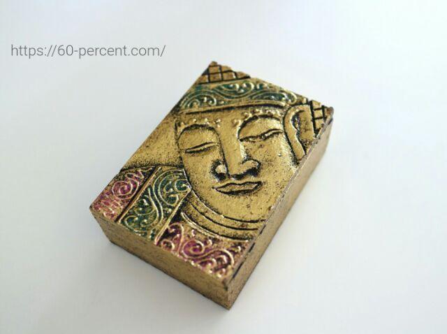 バリ土産の仏像の箱の画像